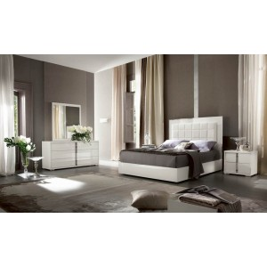 White Gloss Bed